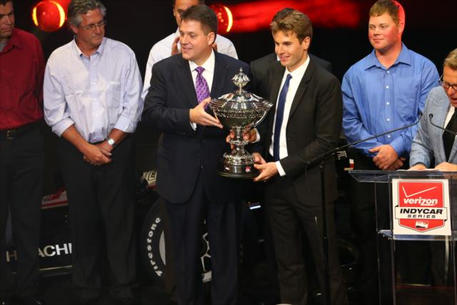 Finalmente la Astor Cup. indycar.com, Chris Jones