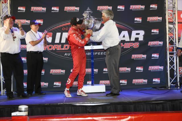 Campione per la terza volta. indycar.com, Chris Jones