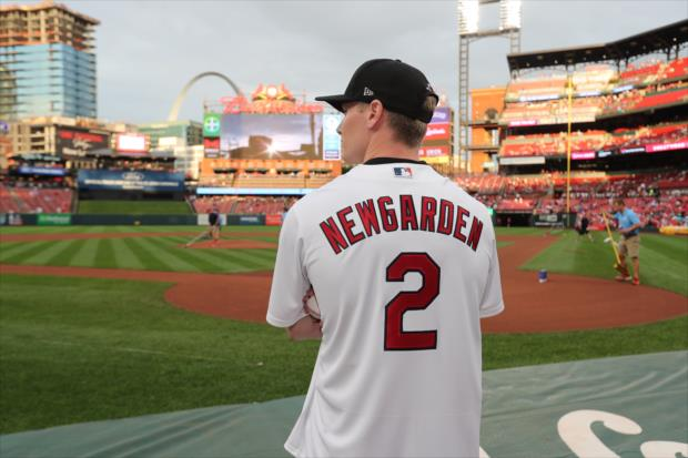 Josef Newgarden throws first pitch at St. Louis Cardinals game - Thursday, Aug 22, 2019
