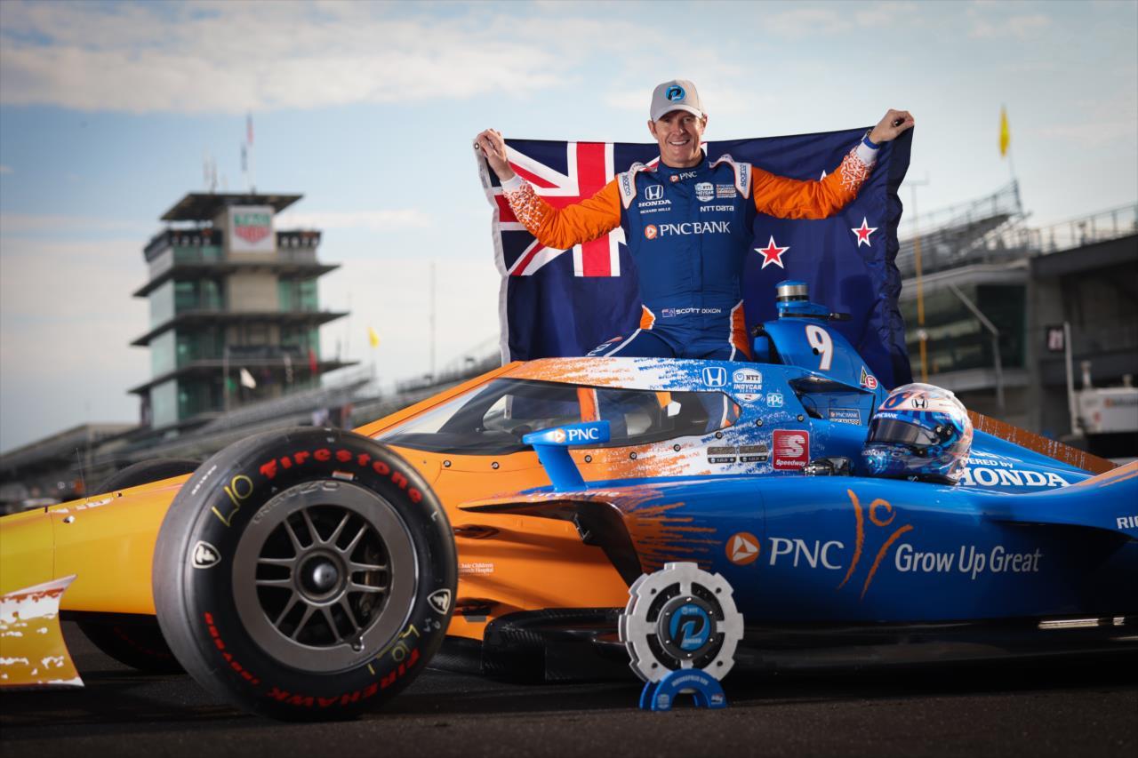 Legenda: Scott Dixon foi o mais rápido nos dois dias de classificação em Indianápolis (Chris Owens/IndyCar)