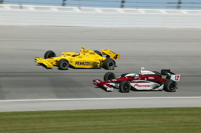 All'esterno di Takagi a Chicago. indycar.com