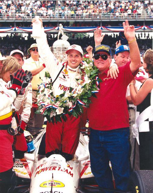 Kenny Brack riporta in victory lane patron AJ Foyt 22 anni dopo il quarto successo da pilota. indycar.com