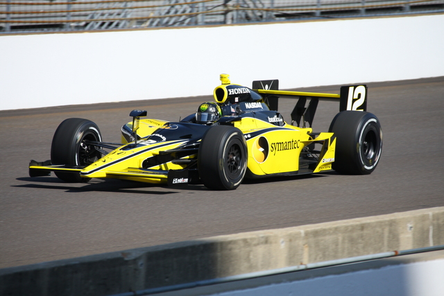In qualifica a Indianapolis. Shawn Payne, indycar.com