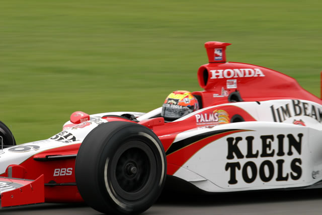 Indycar.com; Chris Jones, 2004