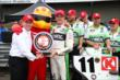 Sebastien Bourdais wins the Verizon P1 Award for claiming the pole position for the Honda Indy 200 at Mid-Ohio -- Photo by: Chris Jones
